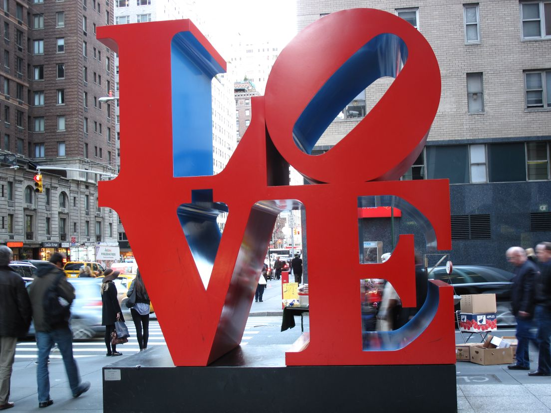 Best date ideas in NYC including romantic walks and adventures